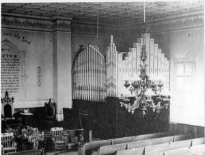 church-organ001.jpg